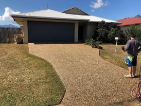 Cairns pressure cleaning house after